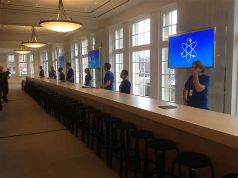 apple genius bar full gallery of apple s gorgeous flagship amsterdam hirsch