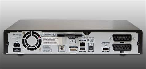V Ii Virginal media on an eyefinity display displays linus tech tips