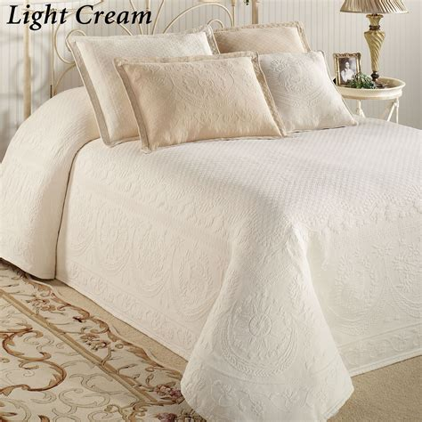 bed spreds white chenille bedspreads king size bedding sets collections