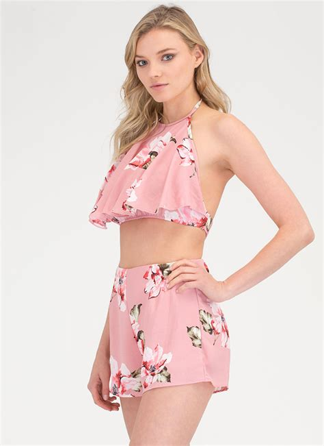Aimi Top Set Pink floral of the story top n shorts set pink gojane