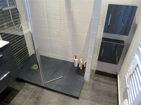 salle de bain et salle deau