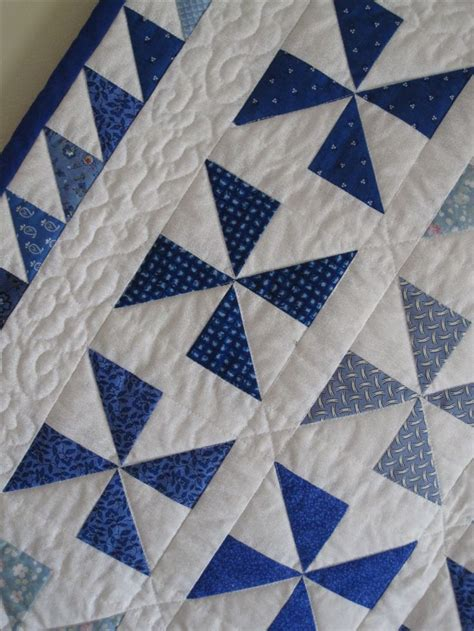 Quilt Pattern Pinwheel by Best 25 Pinwheel Quilt Ideas On