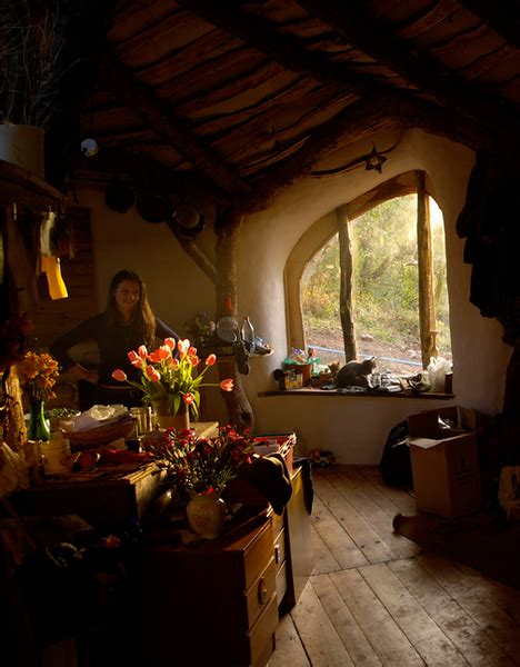 Hobbit Home Interior Straw Sticks Secrets A Built Earthen Hobbit Home