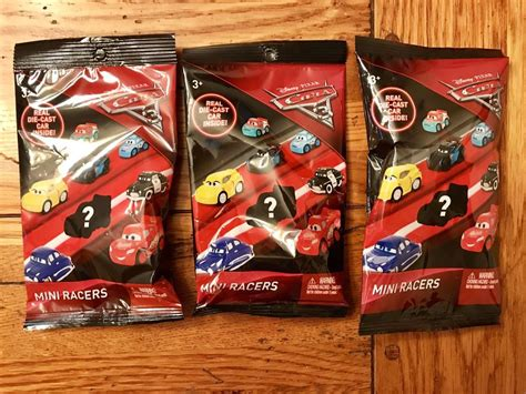 Mattel Cars Mini Racers Disney Wave 3 No 32 Dr Damage Disney Pixar Cars 3 Mini Racers Die Cast Car Blind Bag Lot