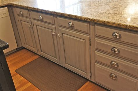houzz painted kitchen cabinets painted cabinets traditional kitchen nashville by