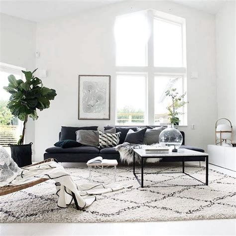 rugs that go with grey couch the 25 best ideas about charcoal couch on pinterest