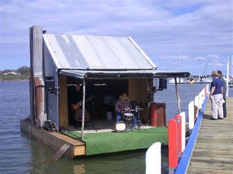houseboat gippsland lakes 56 best gippsland lakes images on pinterest victoria