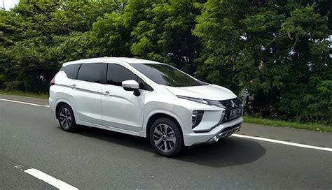 mitsubishi expander putih mitsubishi expander 2018 xe 7 chỗ xuất hiện h 224 ng loạt