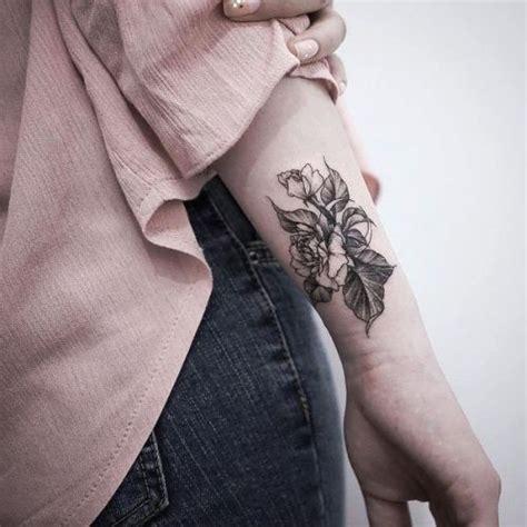 Schöne Tattoos Handgelenk 5412 by 80 Handgelenk Ideen Und Ihre Bedeutung Wohnideen