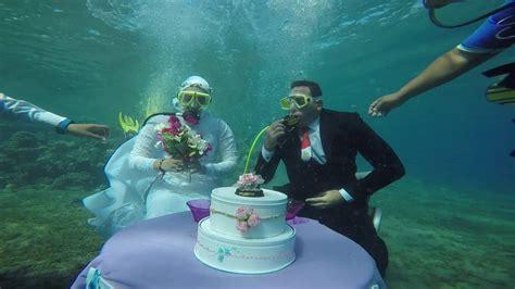 Wedding Underwater by Underwater Wedding