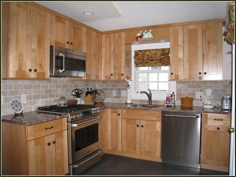 Kitchen Backsplash Pictures With Maple Cabinets by Kitchen Tile Backsplash Ideas With Maple Cabinets Home