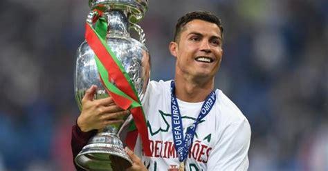cristiano ronaldo biography en francais how cristiano ronaldo proved his greatness as a footballer