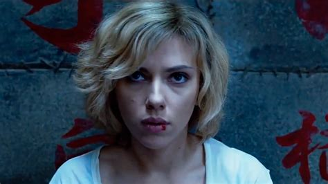 Film Lucy Hot | scarlett johansson goes superhuman in lucy trailer