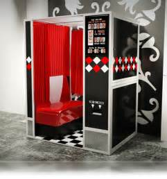 Photo Booths Outrageous Photo Booths 187 Retro Photo Booth