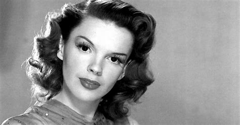 renee zellweger judy garland singing judy garland biopic is happening here s first look at who