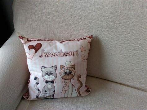 cuscini gatto 17 migliori idee su cuscino con gatti su