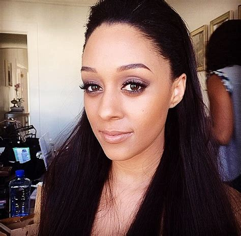 does tia mowery wear wigs tia mowry wearing doll me up velour lashes celebrity