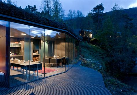juvet landscape hotel ex machina the juvet landscape hotel in norway homeli