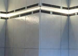 led leiste badezimmer led lichtleisten leuchtbord 252 ren f 252 r fliesen marmor