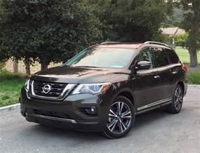 Nissan Pathfinder Comparison 2017 Nissan Pathfinder Plenty Of Room For