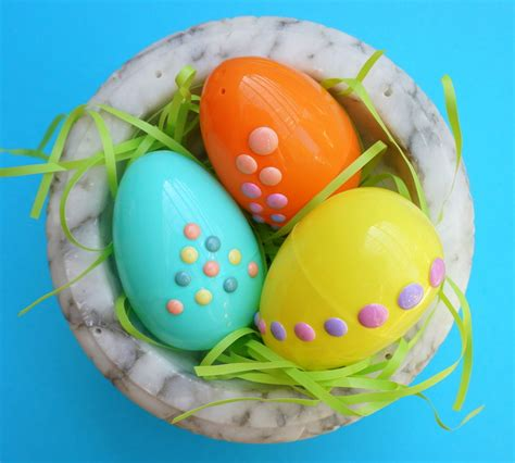 decorate easter eggs easy diy decorate easter eggs with stickers