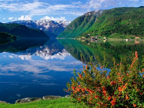 norway europe the richest countries in the world in 2013