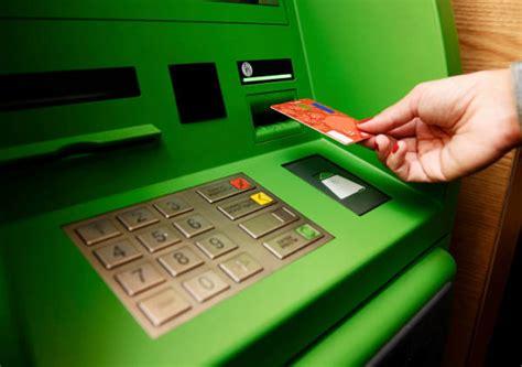 prelevare soldi in cosa fare se il bancomat non da i soldi soldioggi