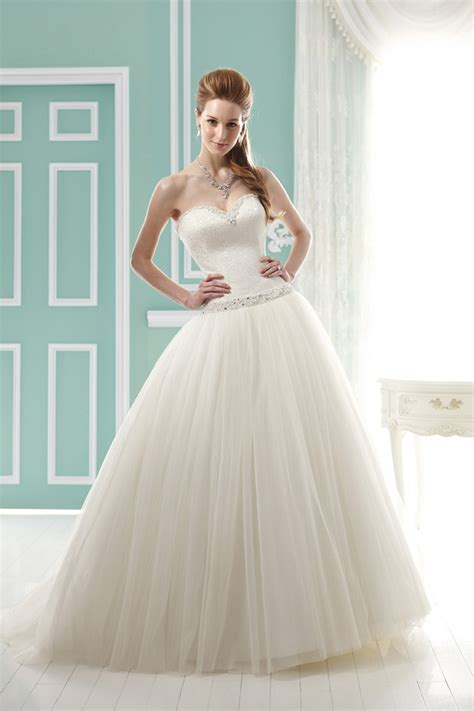 braut jasmin jasmine bridal collection fall 2012 belle the magazine