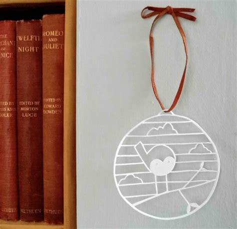 How To Make A Paper Bauble - make a beautiful paper cut bauble