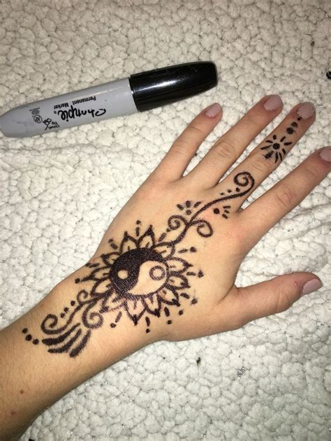 simple henna tattoo drawing 1000 ideas about sharpie tattoos on tattoos