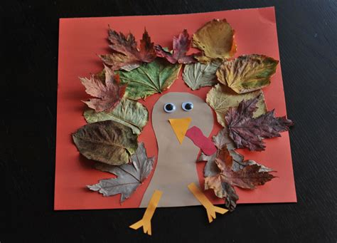 thanksgiving craft fall turkey craft with leaves mommyapolis
