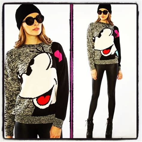 Sweater Disneymin Putih 63 best images about mickey mouse on disney disney mickey mouse and mickey minnie mouse