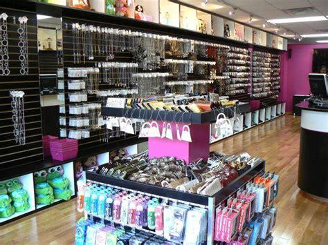 accessories store fashion accessories store
