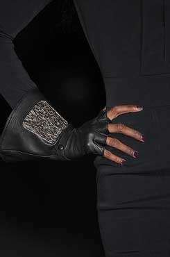 Trend For Fall Gloves Fingerless Gloves Gloves And More Gloves by Fingerless Gloves Fall 2009 Accessories From Karl