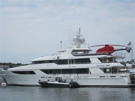 Largest Ship In The World quot vango quot mega yacht vineyard haven oprah winfrey rumored