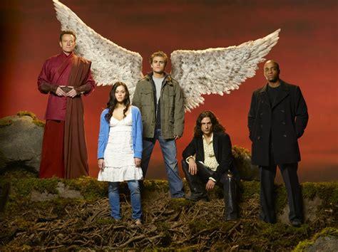 fallen film protagonisti un immagine promozionale per il film tv angeli caduti con