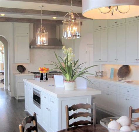decorate your kitchen lighting with pendant lighting
