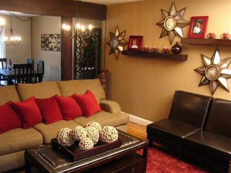 red color schemes for living rooms 39 best burgundy decor images on pinterest burgundy