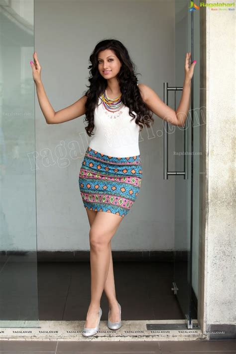 Indian Skirt 5 380 best images about thighs of indian actresses on sonakshi sinha kaif