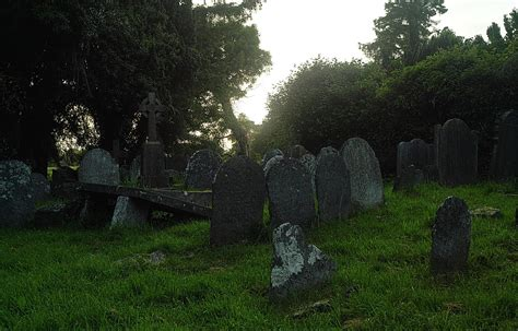 s day graveyard ritual to celebrate and