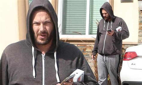 Kevin Federline Is Dead by Kevin Federline Is Almost Unrecognizable As He Puffs On A