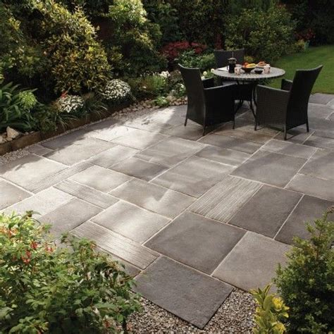 Stoneflair By Bradstone Cloisters Paving Cloisters Small Large Patio Design Ideas