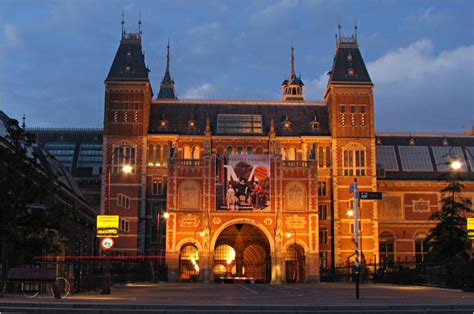 amsterdam museum at night location the concert hotel