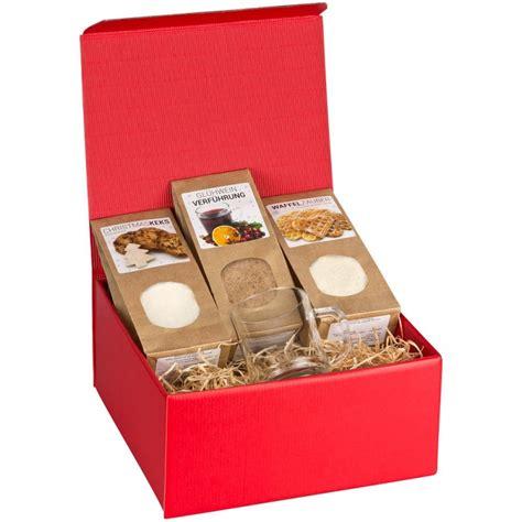 weihnachtsgeschenke schwiegermutter weihnachtsgeschenkbox mit graviertem gl 252 hweinglas