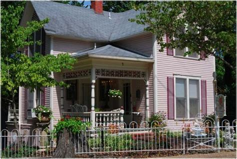 bed and breakfast eureka springs ar pin by eureka springs arkansas on eureka springs lodging