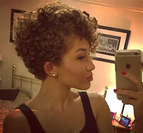 cutting biracial curly hair styles 488 best 2c 3a hair heaven images on pinterest natural