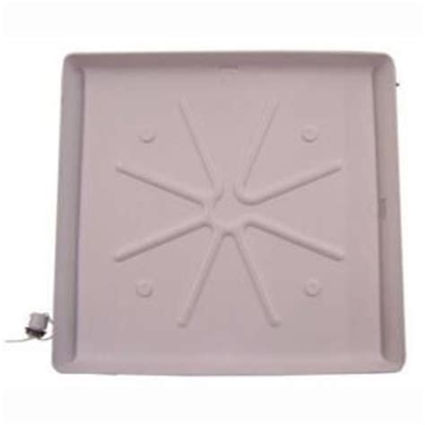 Dishwasher Floor Protector - use a washing machine tray to keep pads wee wee pads