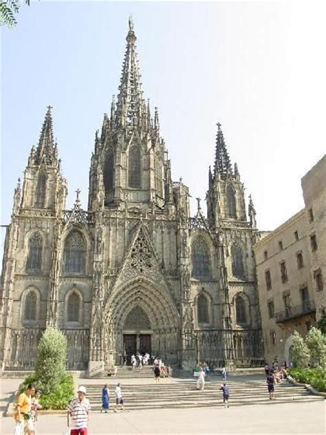 barcelona cathedral barcelona cathedral spain places i ve been pinterest