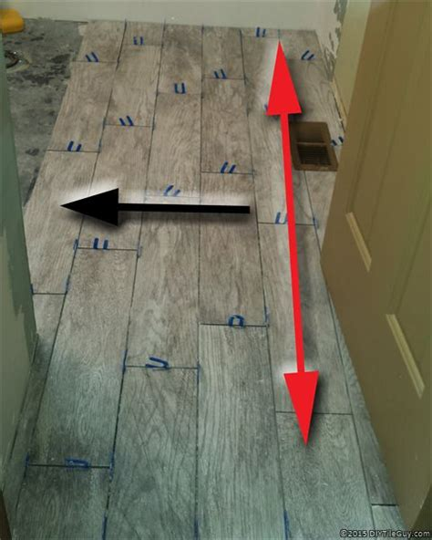 Ways To Level A Floor by Best 25 Wood Look Tile Ideas On Wood Look Tile Floor Wood Tile Kitchen And
