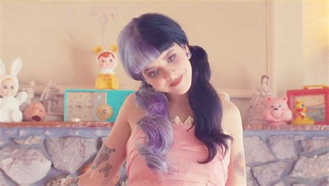 jak zmienic format gif na png melanie martinez pizza gif find share on giphy